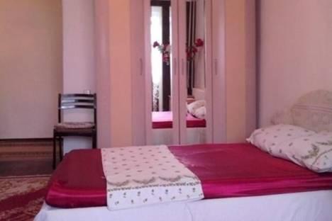 Сдается 1-комнатная квартира посуточнов Бишкеке, улица Токтогула, д. 77.