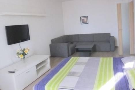 Сдается 1-комнатная квартира посуточно в Бишкеке, Усенбаева, 3.