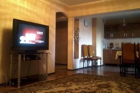 Сдается 2-комнатная квартира посуточнов Бишкеке, Советская, 105/2.