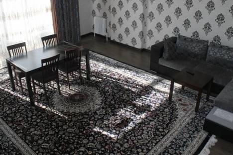 Сдается 2-комнатная квартира посуточно в Бишкеке, ул. Дзержинского, д. 101, корп. 2.