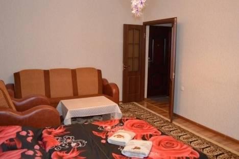 Сдается 1-комнатная квартира посуточно в Бишкеке, Юг-2 микрорайон, д. 20.