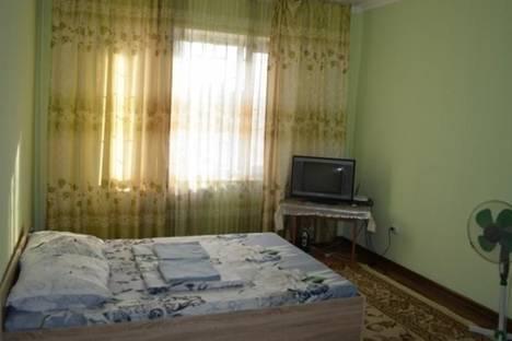 Сдается 1-комнатная квартира посуточно в Бишкеке, Восток-5 квартал, д. 10/7.