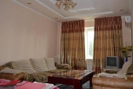 Сдается 2-комнатная квартира посуточно в Бишкеке, Восток-5 квартал, д. 2.