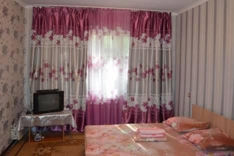 Сдается 1-комнатная квартира посуточно в Бишкеке, ул. Уметалиева, д. 16.