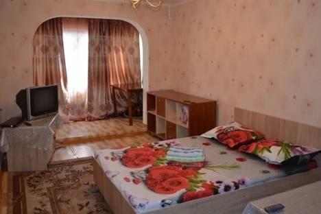 Сдается 1-комнатная квартира посуточно в Бишкеке, ул. Боконбаева, д. 199.