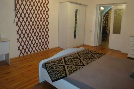 Сдается 3-комнатная квартира посуточно в Бишкеке, Фрунзе, 515.