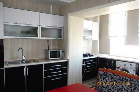 Сдается 2-комнатная квартира посуточно, Ахунбаева, 194.