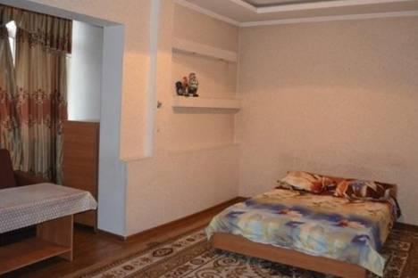 Сдается 2-комнатная квартира посуточно в Бишкеке, Юг-2 микрорайон, д. 5.