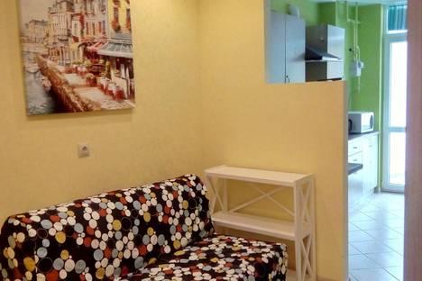 Сдается 2-комнатная квартира посуточно в Алуште, пер.Ревкомовский,4.