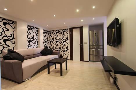 Сдается 4-комнатная квартира посуточно в Москве, ул. Марксистская, 14.