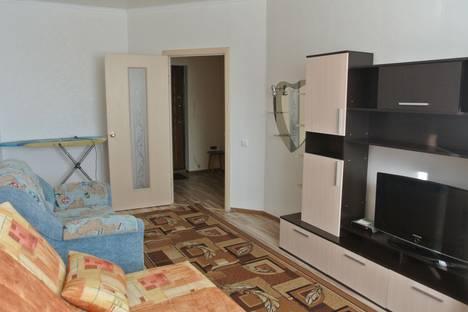 Сдается 1-комнатная квартира посуточно в Салехарде, ул. Республики, 77.
