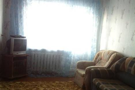Сдается 2-комнатная квартира посуточнов Еманжелинске, Гайдара, 3.