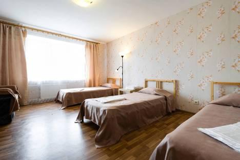 Сдается 1-комнатная квартира посуточнов Великом Новгороде, Завокзальная, 7.