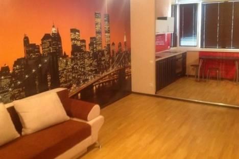 Сдается 1-комнатная квартира посуточнов Тюмени, 50 лет ВЛКСМ, 19.