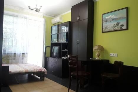 Сдается 2-комнатная квартира посуточно в Ялте, Киевская 16.