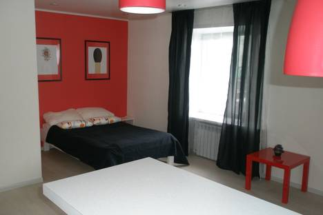 Сдается 1-комнатная квартира посуточно в Саранске, Полежаева 55.