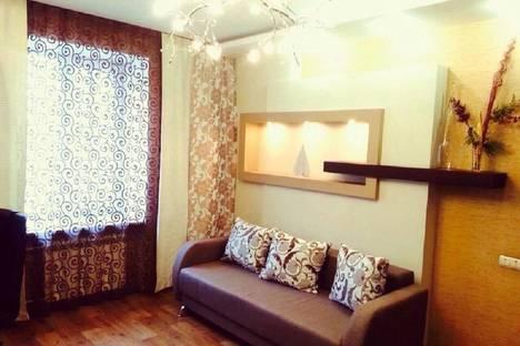 Сдается 2-комнатная квартира посуточнов Новокузнецке, проспект Металлургов, 5.