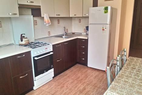 Сдается 2-комнатная квартира посуточно в Ессентуках, ул. Орджоникидзе, 87.