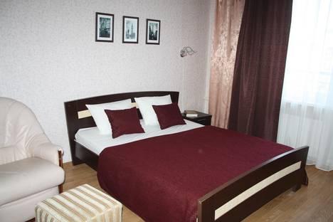 Сдается 2-комнатная квартира посуточно в Пушкине, Петербургское шоссе, 15.