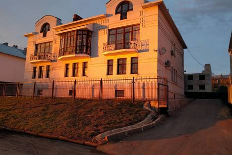 Сдается коттедж посуточно в Костроме, ул. Нижняя Дебря, 104.