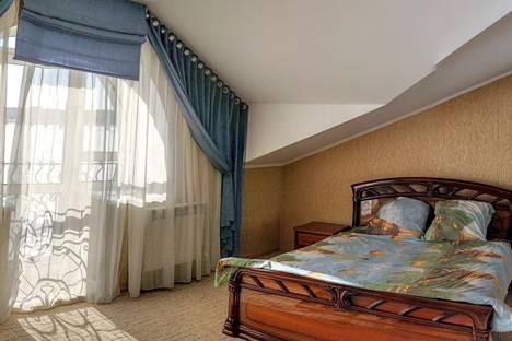 Сдается комната посуточно в Костроме, ул. Нижняя Дебря, 104.