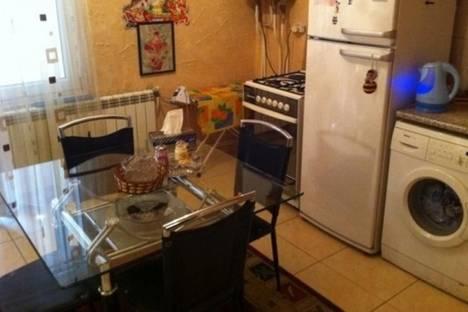 Сдается 2-комнатная квартира посуточно в Ереване, ул. Абовян, 26.
