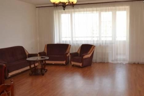 Сдается 4-комнатная квартира посуточно в Ереване, ул. Амиряна, 27.