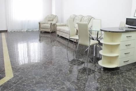 Сдается 2-комнатная квартира посуточно в Ереване, Баграмяна, 13.