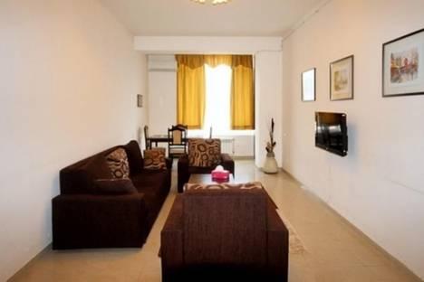 Сдается 3-комнатная квартира посуточно в Ереване, Налбандян, 7/1.
