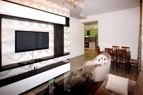 Сдается 3-комнатная квартира посуточно в Ереване, проспект Маштоца, 33a.