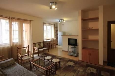 Сдается 2-комнатная квартира посуточно в Ереване, Вардананц,  4.