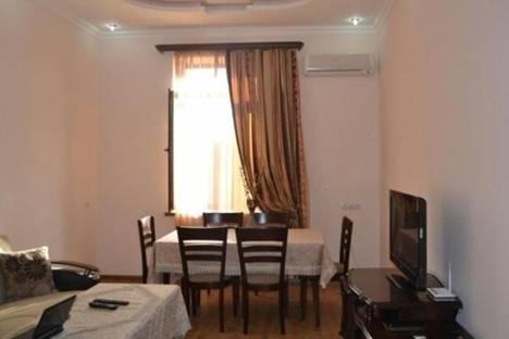 Сдается 3-комнатная квартира посуточно в Ереване, проспект Саят-Новы, 7.