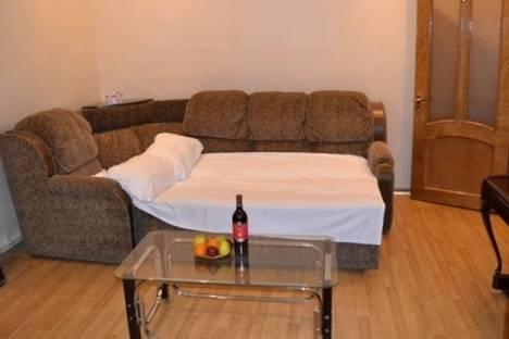Сдается 3-комнатная квартира посуточно в Ереване, проспект Саят-Новы, 8.