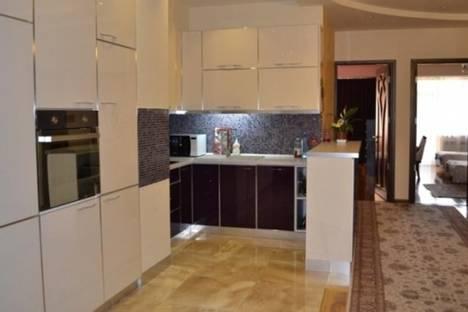 Сдается 4-комнатная квартира посуточно в Ереване, Павстоса Бюзанда, 13.