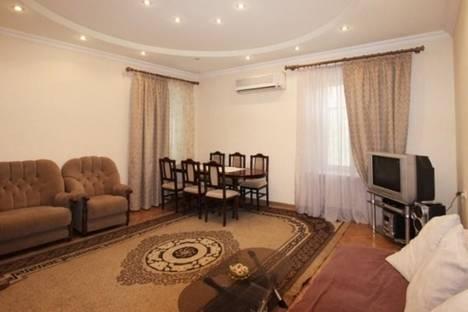Сдается 3-комнатная квартира посуточно в Ереване, Маршала Баграмяна, 2.