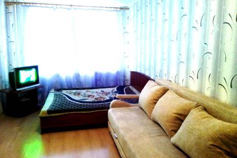 Сдается 1-комнатная квартира посуточно в Сыктывкаре, ул. Интернациональная, 100.