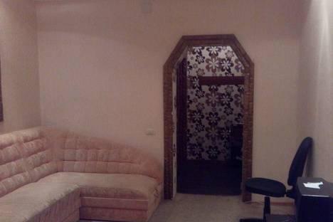 Сдается 2-комнатная квартира посуточно в Вологде, ул. Разина, 42.