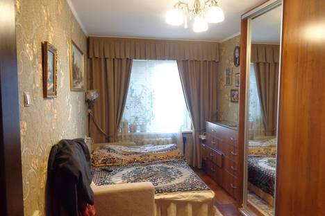 Сдается 1-комнатная квартира посуточно, Ялтинская, 15.