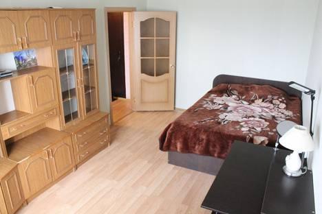 Сдается 1-комнатная квартира посуточно в Белгороде, ул. Есенина 56.