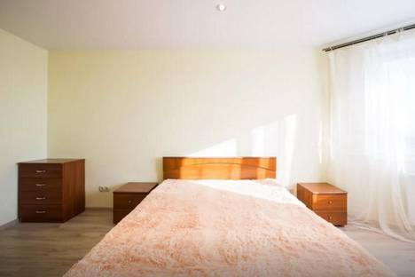Сдается 2-комнатная квартира посуточнов Долгопрудном, Ракетостроителей проспект, 9к1.