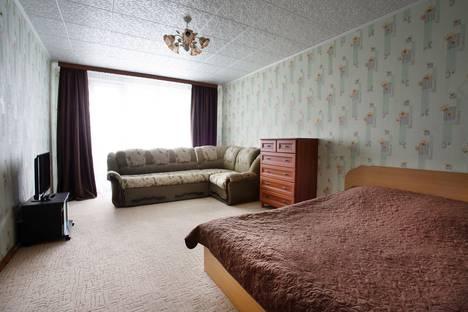Сдается 1-комнатная квартира посуточно в Удачном, Новый город дом 26.