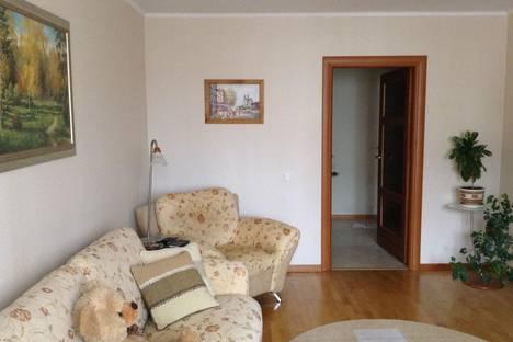 Сдается 1-комнатная квартира посуточно в Тюмени, Широтная,63.