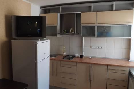 Сдается 2-комнатная квартира посуточно, проспект Ленина, 42.