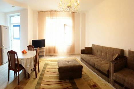 Сдается 2-комнатная квартира посуточно в Астане, ул. Сарайшык, 34.