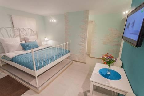 Сдается 1-комнатная квартира посуточно в Санкт-Петербурге, ул. Боровая, 110.