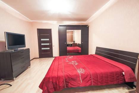 Сдается 1-комнатная квартира посуточно в Санкт-Петербурге, 18 линия д.15.