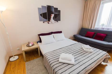 Сдается 3-комнатная квартира посуточнов Москве, ул. Иерусалимская, 3.