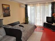 Сдается посуточно 1-комнатная квартира в Ялте. 34 м кв. Дражинского 25 С видом на море