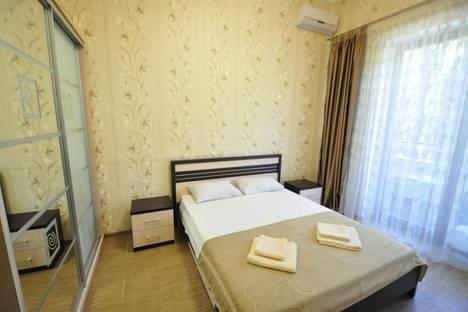 Сдается 2-комнатная квартира посуточнов Ливадии, пр. Парковый 5  Парковая зона возле моря.