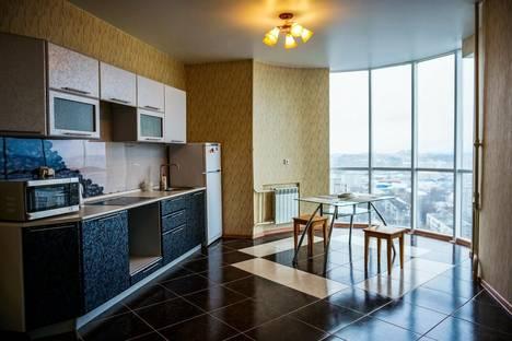 Сдается 3-комнатная квартира посуточно в Кирове, Октябрьский проезд 18.